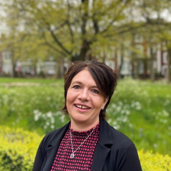 Sharon Fradsham